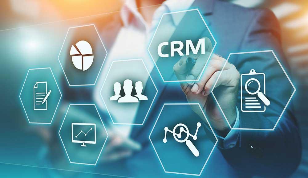مدیریت ارتباط با مشتری (CRM) را بشناسید